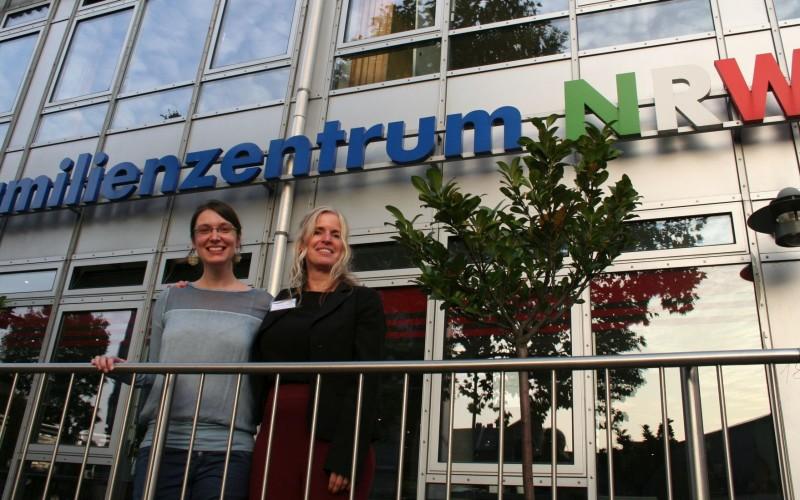 Die Koordinatorinnen des Kalker Netzwerks Christiane Petri-Kinderschutzbund und Daniela von Palubicki-Kath. Jugendagentur Köln