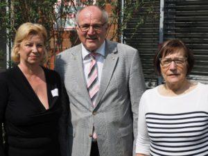 Die neue und die alte Vorsitzende mit Heinz Hilgers