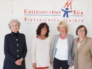 Vorstand des Fördervereins v. l. Hedwig Neven DuMont, Angela Roters, Gabi Weinstock und Marlis Herterich