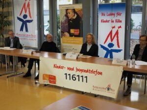 Die Beteiligten an der Pressekonferenz zum Jubiläum Kinder- und Jugendtelefon